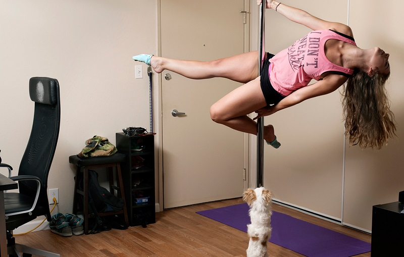 Learn-to-pole-dance-at-home